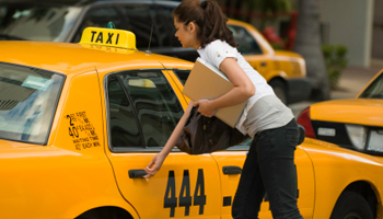 367740-reliable-taxi-services